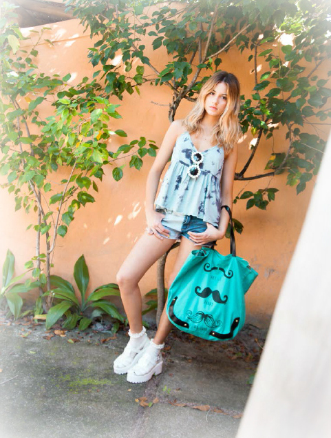 Top Free Short Luci Two Legs Bolso Mustachon Sandalias Anne