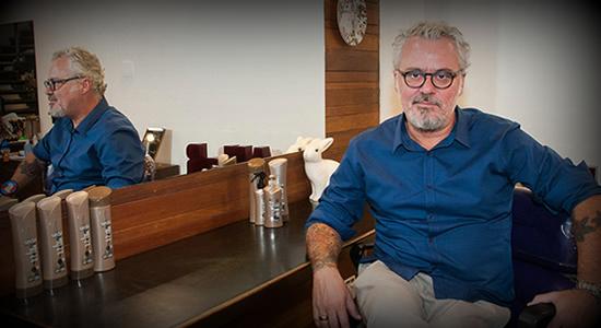 Mauro Freire, experto brasileño en alisado químico y co-creador de la línea Sedal Post Alisado Químico