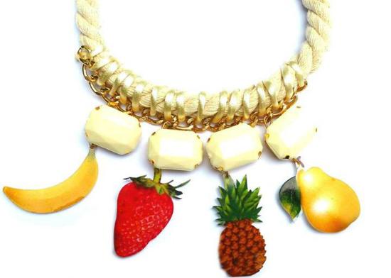 Collar frutas con piedras - Las Marinas