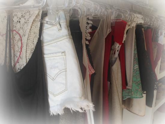 Sí, sí. Coca Cox está incursionando en la ropa y le está yendo super!!! Las prendas son divinas, y sobre todo muy originales.
