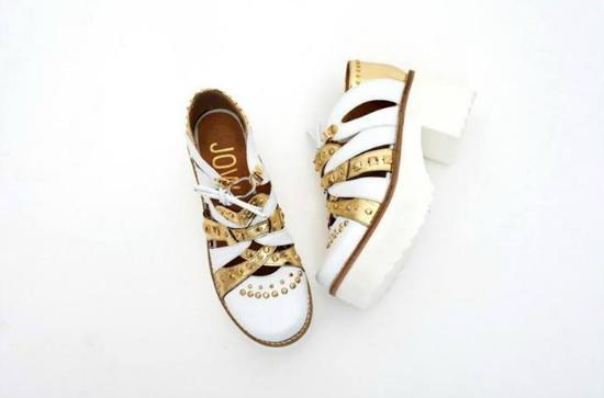 Los Lichti tienen los dos colores del verano: Dorado y blanco. Divinos!