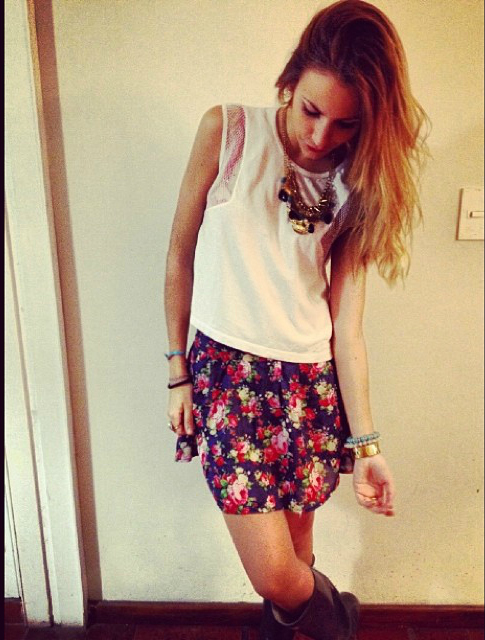 Minifalda MILEY y Musculosa ARIZONA.