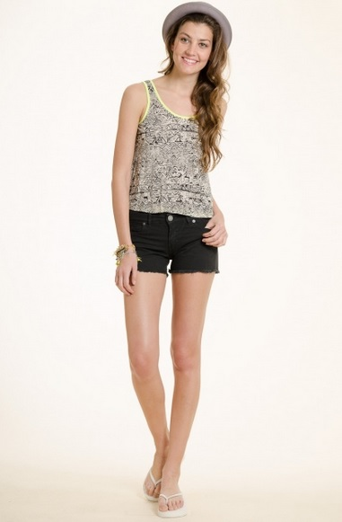 SHORT SOLID COLOR NEGRO PROMISSE $239
