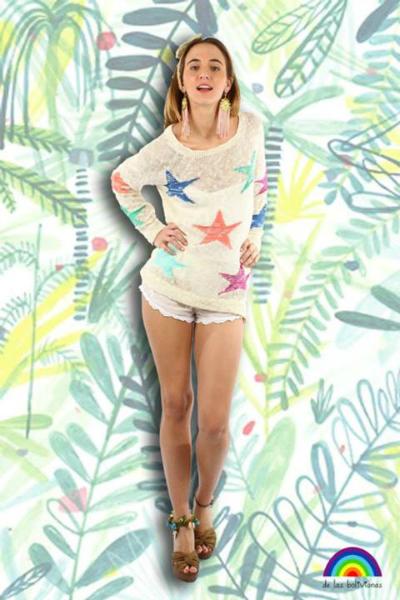 • Sweater estrellas summer • Vincha tejida moño • Aros ostra y flecos • Tobillera flores