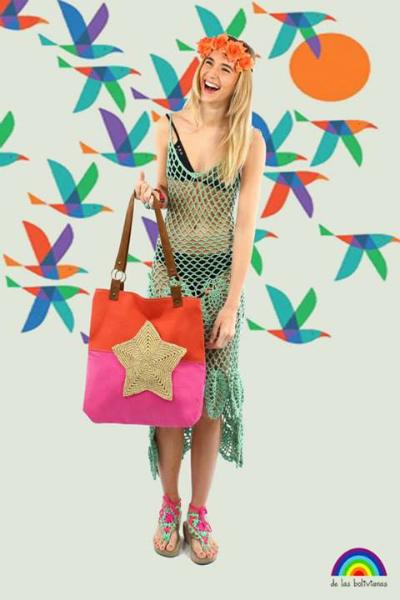• Vestido Liberty • Vincha elástica de flores XL • Pulsera calaveras • Bolso estrella  • Piecitos tejidos