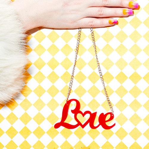 LoveNotWar5