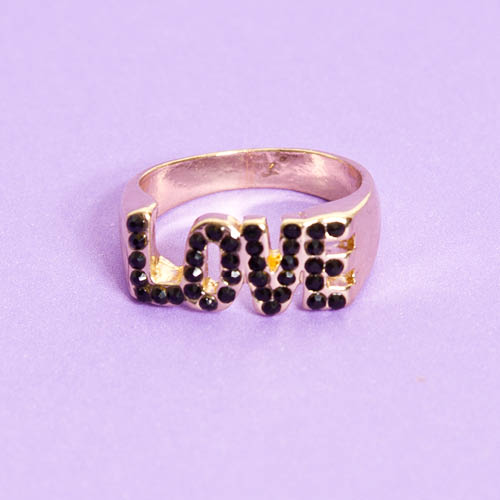 Anillo Love, Love Not War
