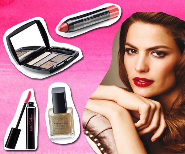 Avon, con sus sombras también se inclina a la tendencia, y suma metalizados para uñas.