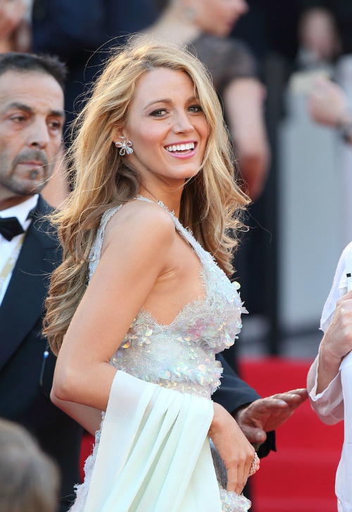 BlakeLively_Cannes17