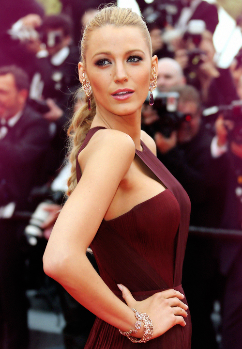 BlakeLively_Cannes3