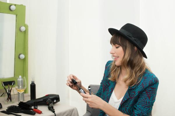 Rimmel eligió a Deborah de Corral para recrear el look retro de Georgia May Jagger.