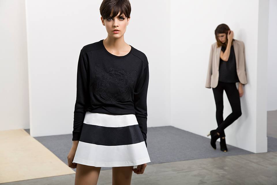 Combinable como pocas, esta pollera de Square queda super canchera con un sweater.
