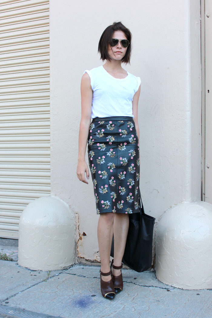 STREET-STYLE-PENCIL-SKIRT