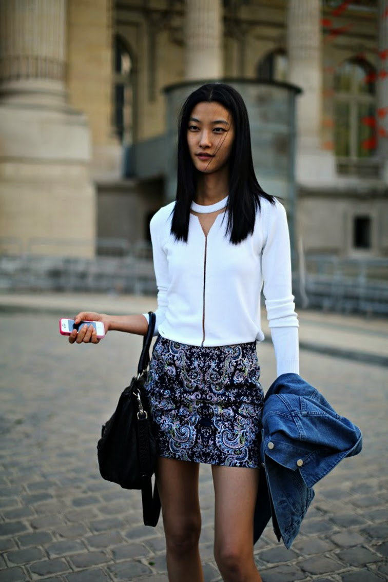 ji_hye_park-model-off-duty-street-style-paisley-fashion-over-reason