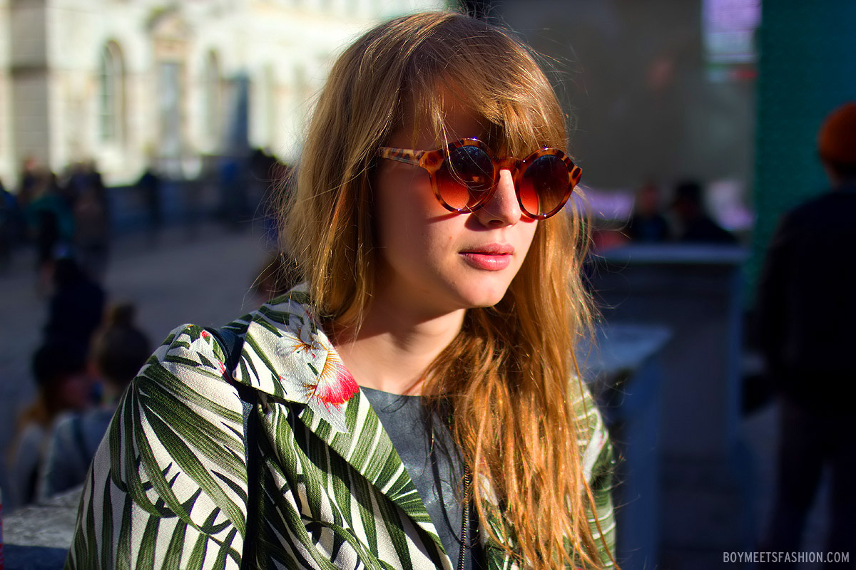 lfw-ss13-rounded-sunglasses