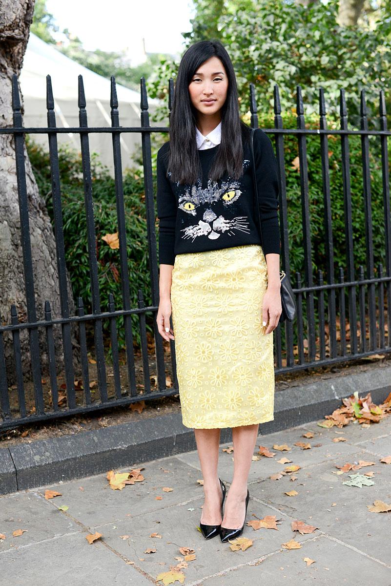 tendencias_primavera_2013_falda_lapiz_pencil_skirt_street_style_street_wear_moda_en_la_calle__166897091_801x