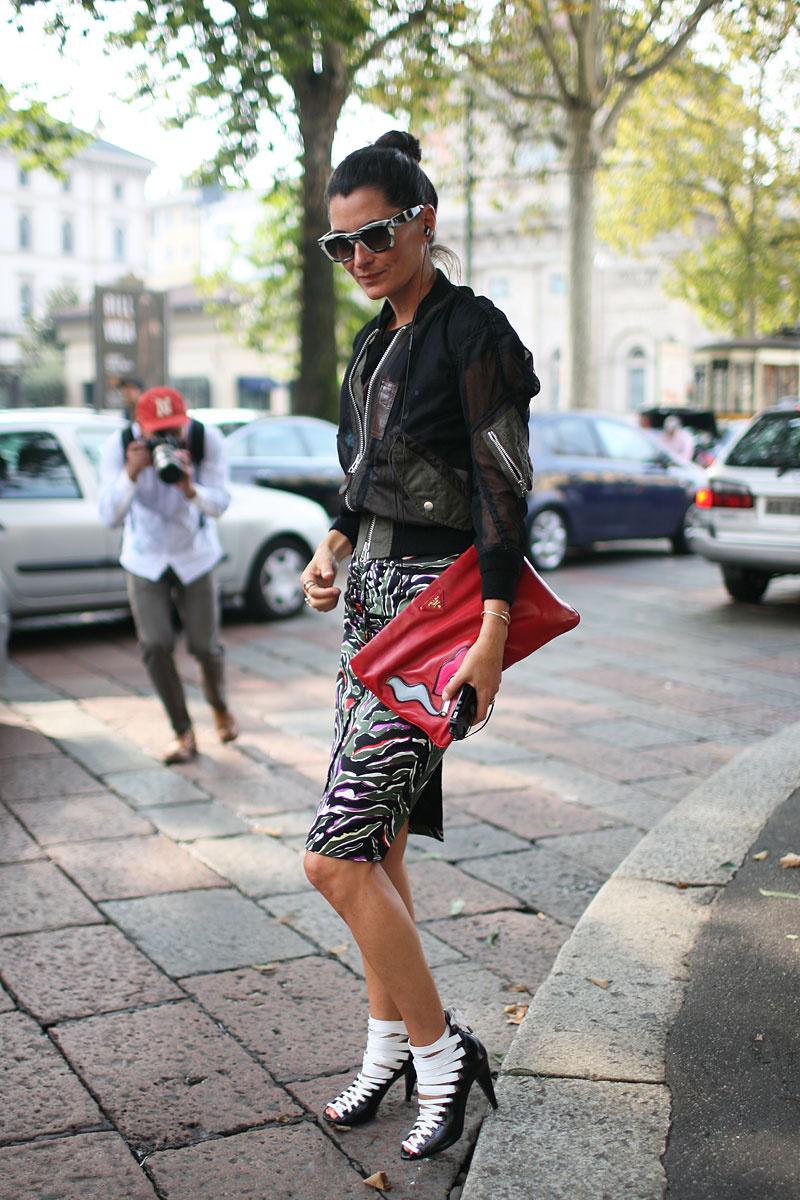 tendencias_primavera_2013_falda_lapiz_pencil_skirt_street_style_street_wear_moda_en_la_calle__566444673_800x1200