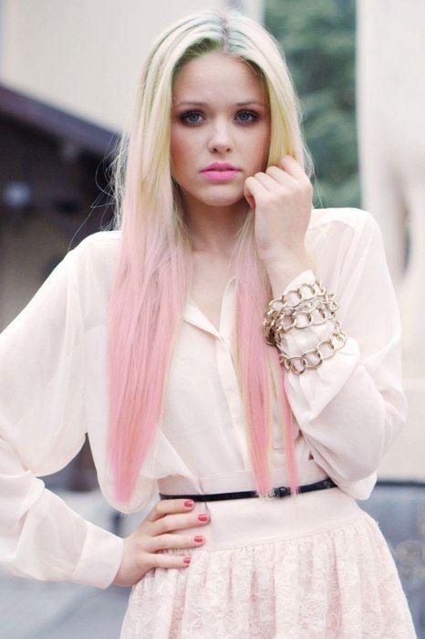 street-style-pink-hair-2
