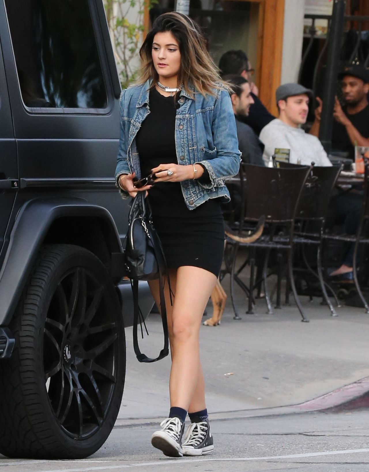 kylie-jenner-street-style-out-in-west-hollywood-march-2014_5