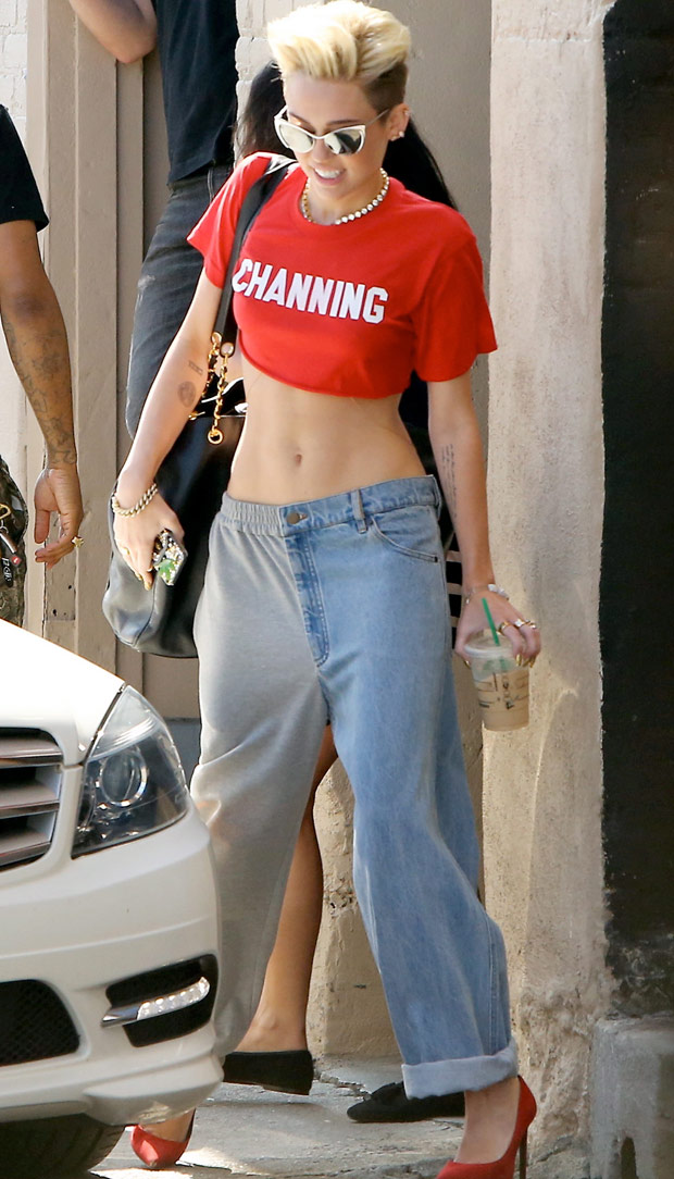 Miley-X17_1745039a