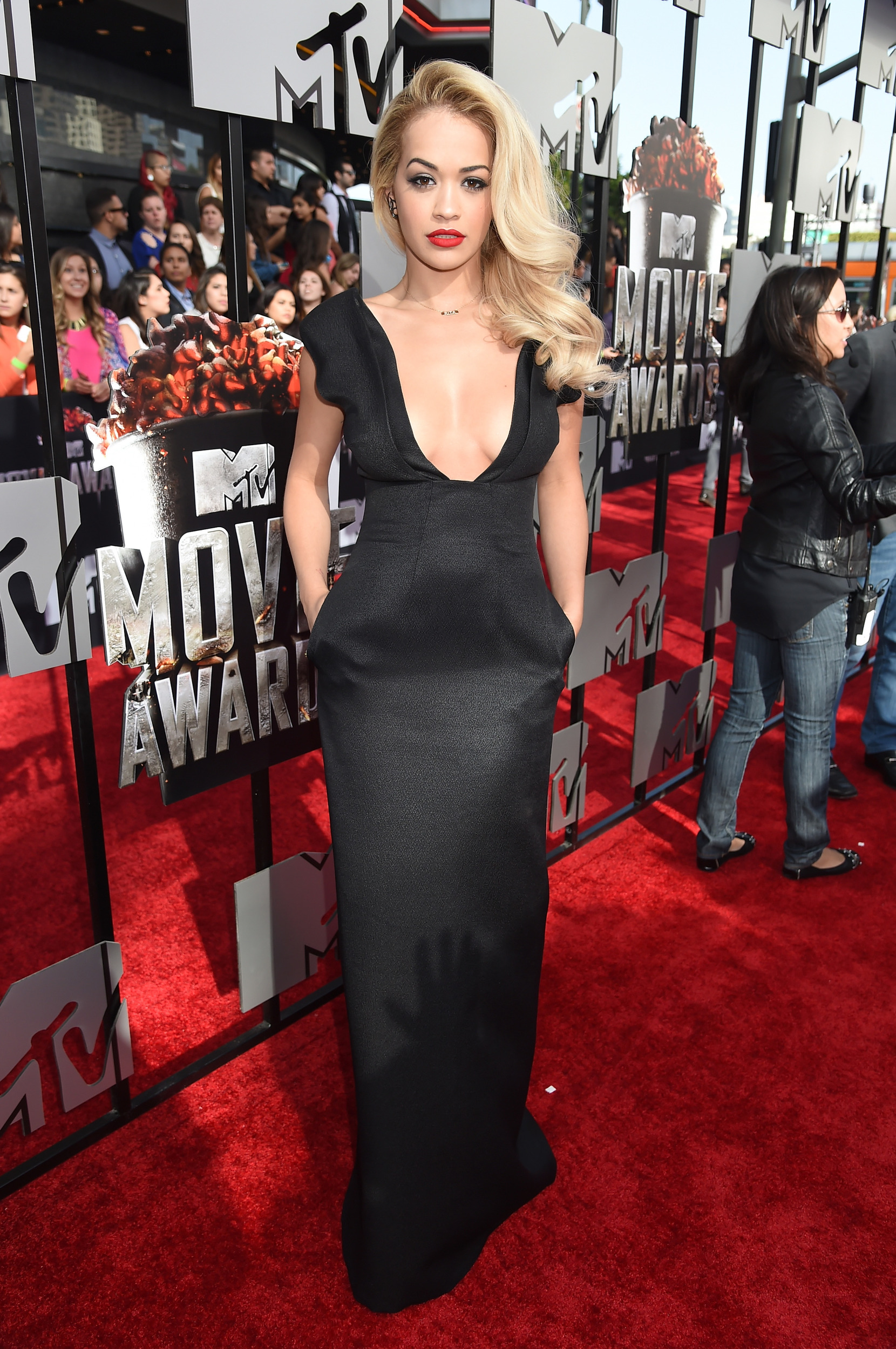 2014-mtv-movie-awards-red-carpet-1