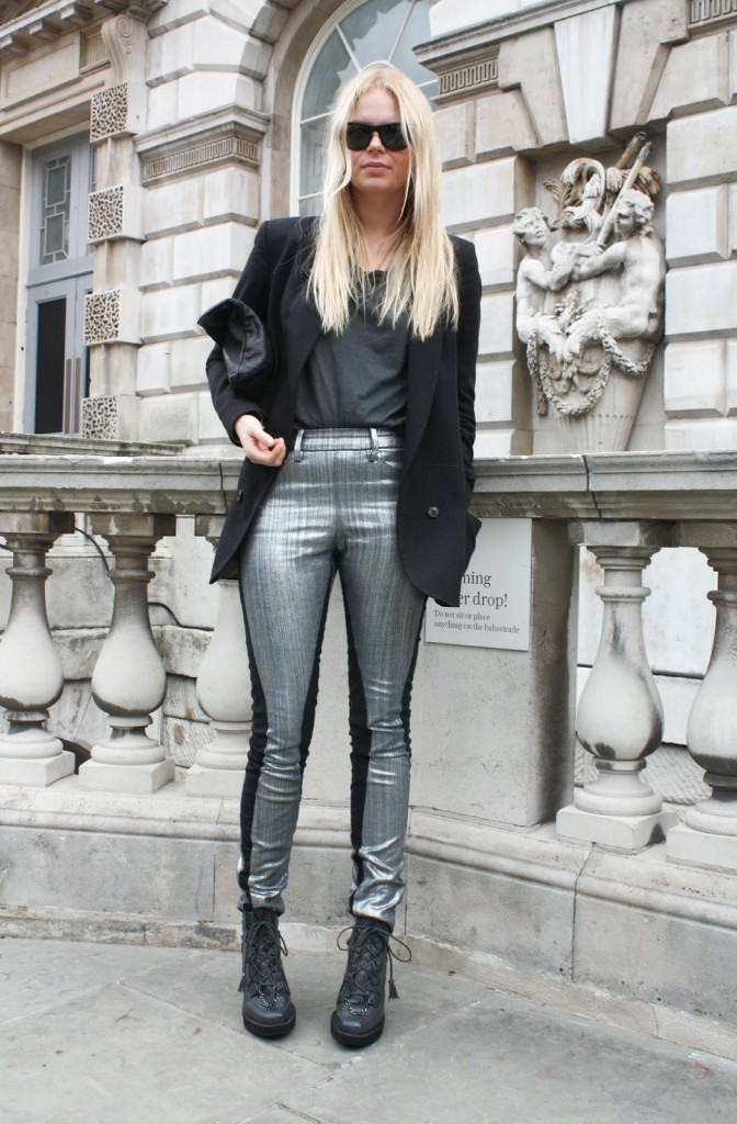 Metallic-Fabrics-London-Paris-Fashion-Week-SS-12-0