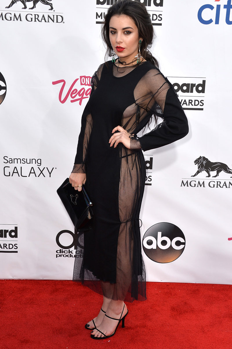 celebrities_en_la_alfombra_roja_de_los_billboard_awards_2014__327363853_800x