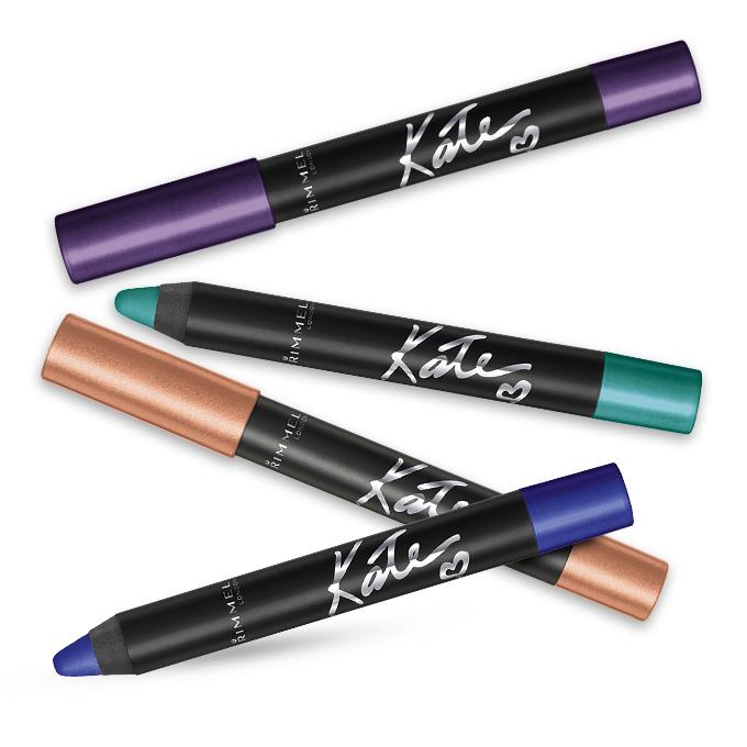 Más de Kate Moss para Rimmel. Estos shadow sticks son -como su nombre lo indica- sombras en lapiz super simples de usar. Los nuevos tonos incluyen un cobre, azul eléctrico, verde y rosa.