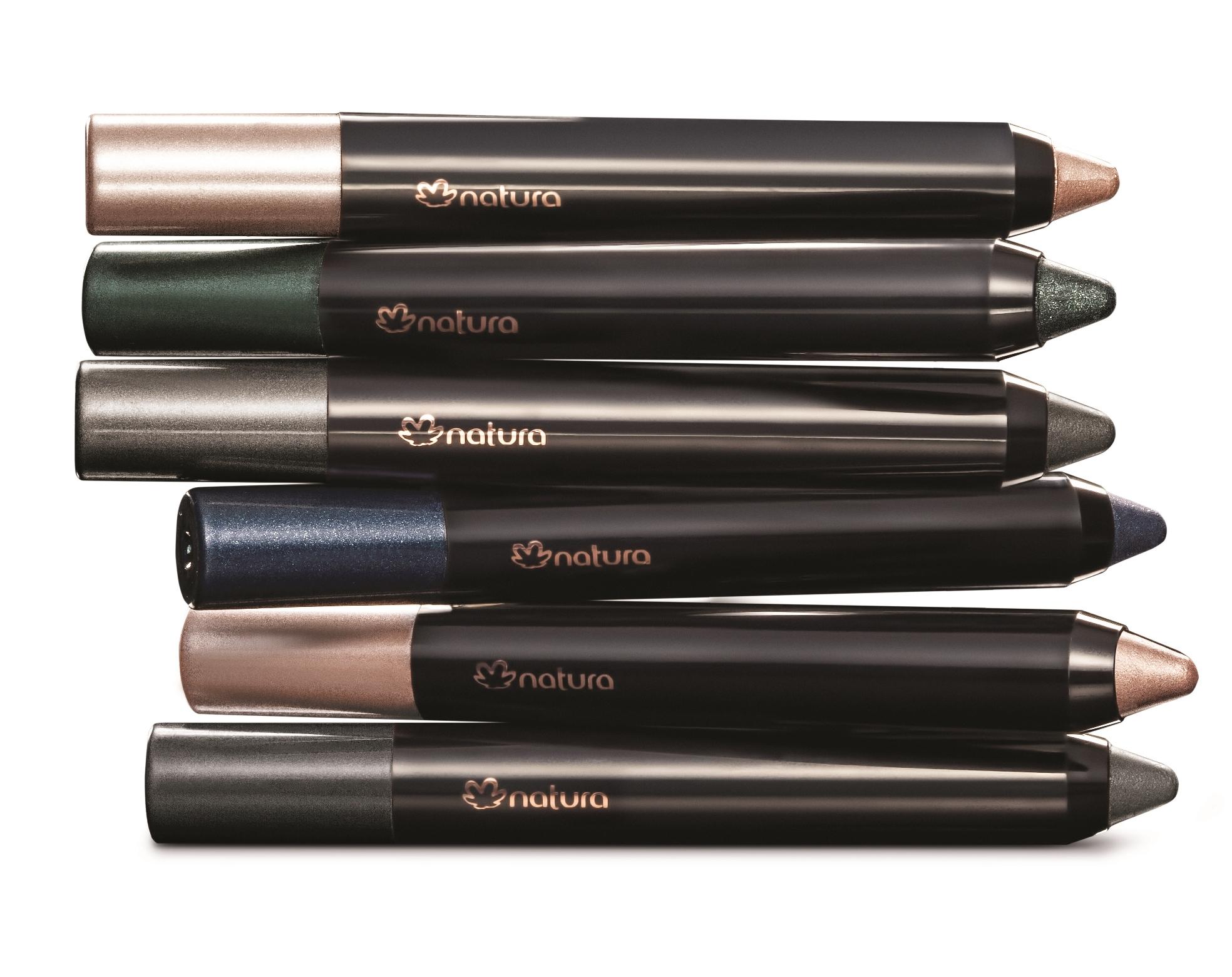 Las nuevas sombras en lápiz de Natura vienen en tonos: Rosa, Grafito, Azul, Verde, Nude, Ceniza y cuestan $172.