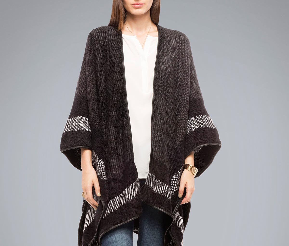 falabella-ponchos-sweaters-fashion-diaries-4