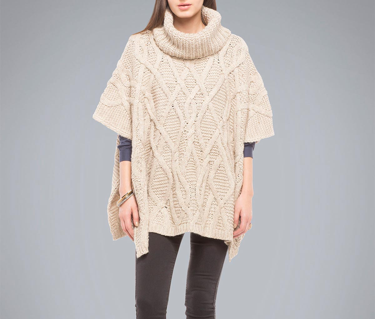 falabella-ponchos-sweaters-fashion-diaries-7