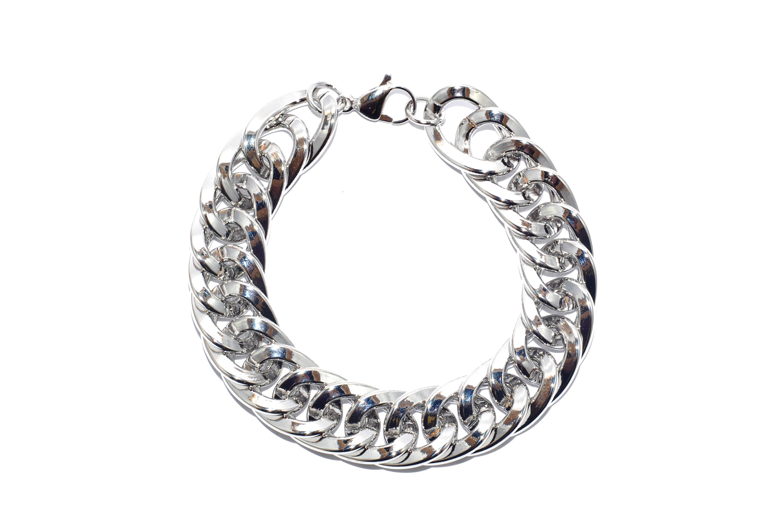 Forever Jewels. Pulsera de cadenas. $193