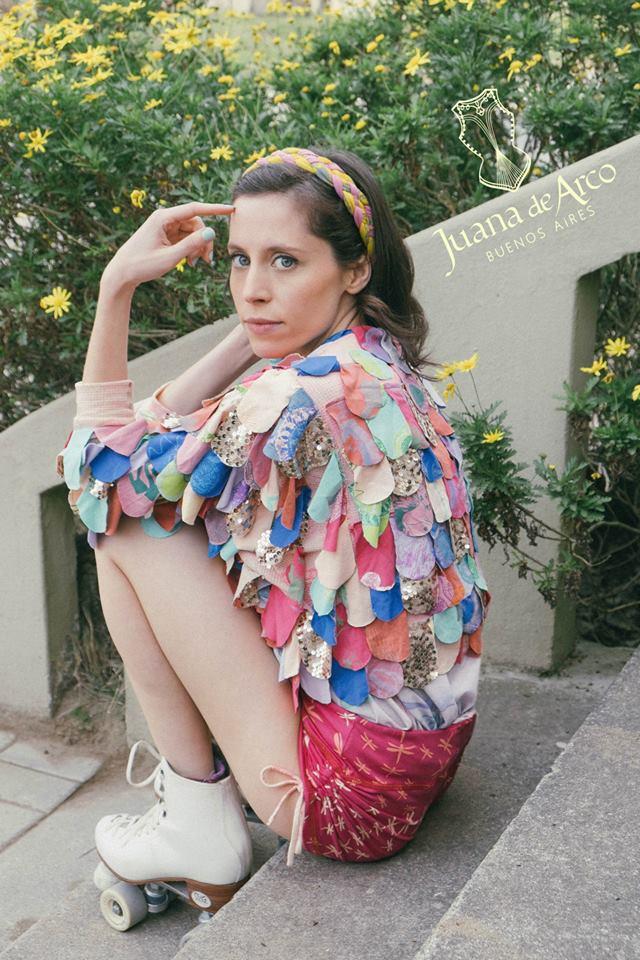 Colores, texturas y diseños con sello propio en la nueva colección de Juana de Arco.