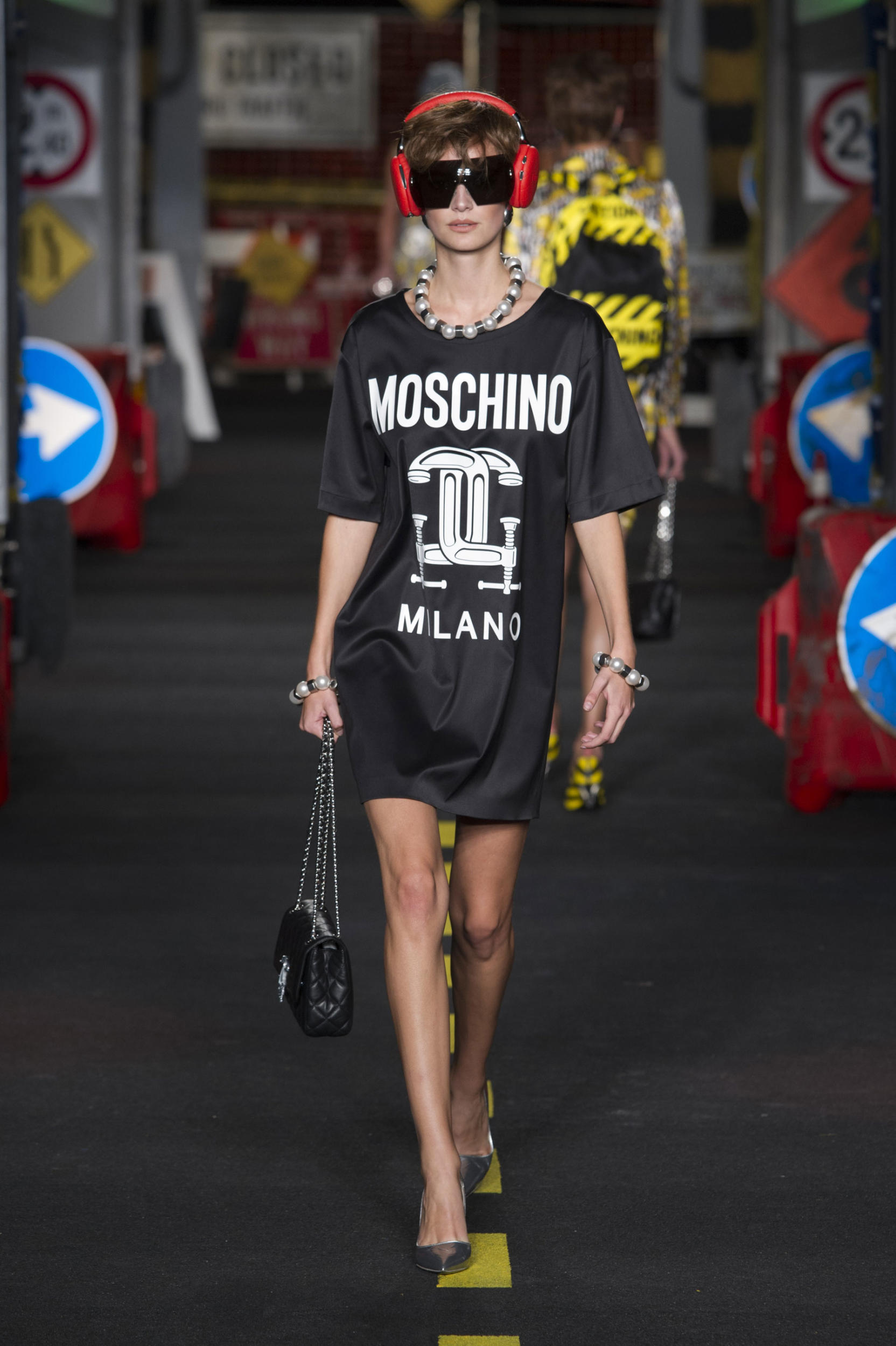 moschino-fashion-diaries-12