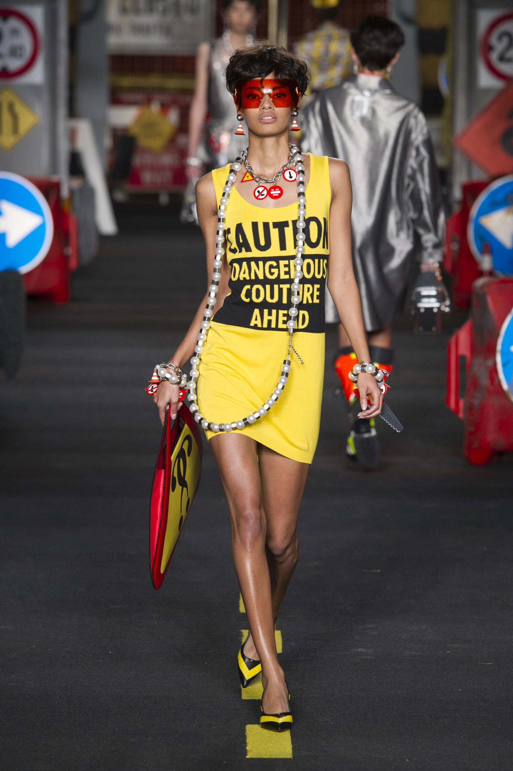 moschino-fashion-diaries-14