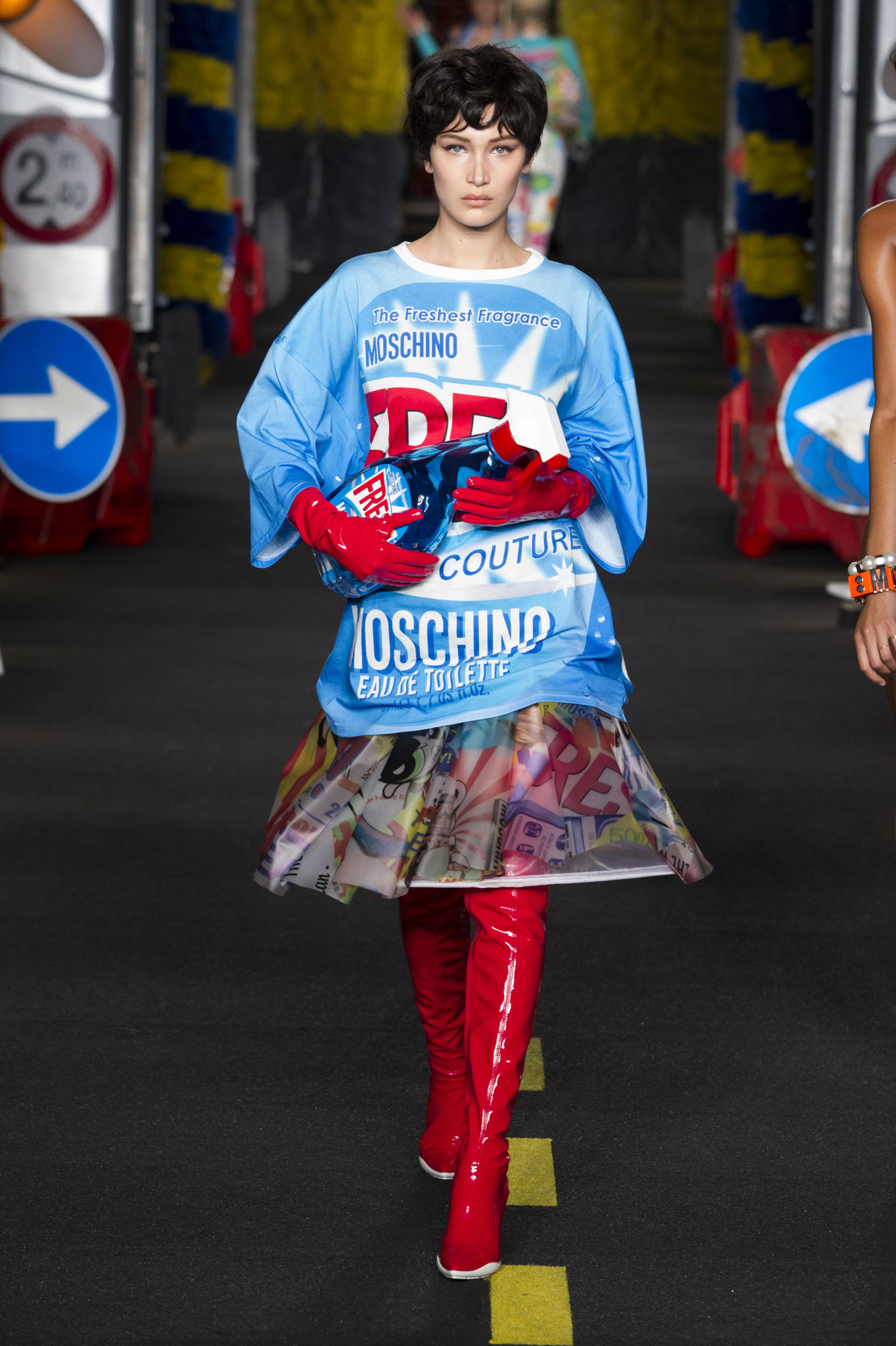 moschino-fashion-diaries-17