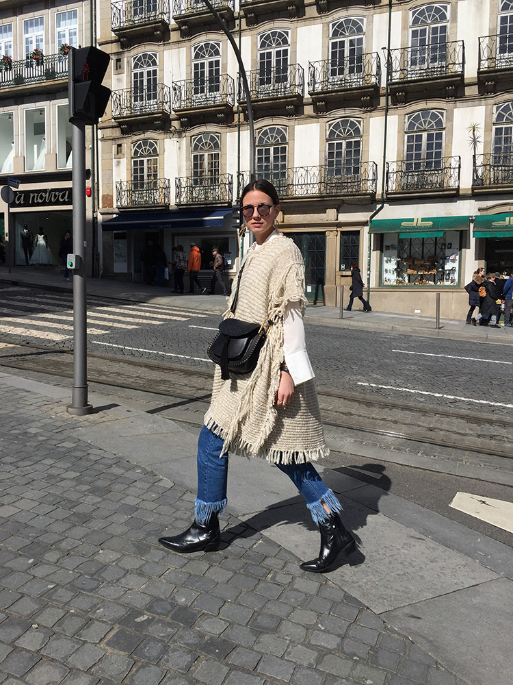 oporto-portugal-parfois-poncho-cowboy-boots-chloe-bag1