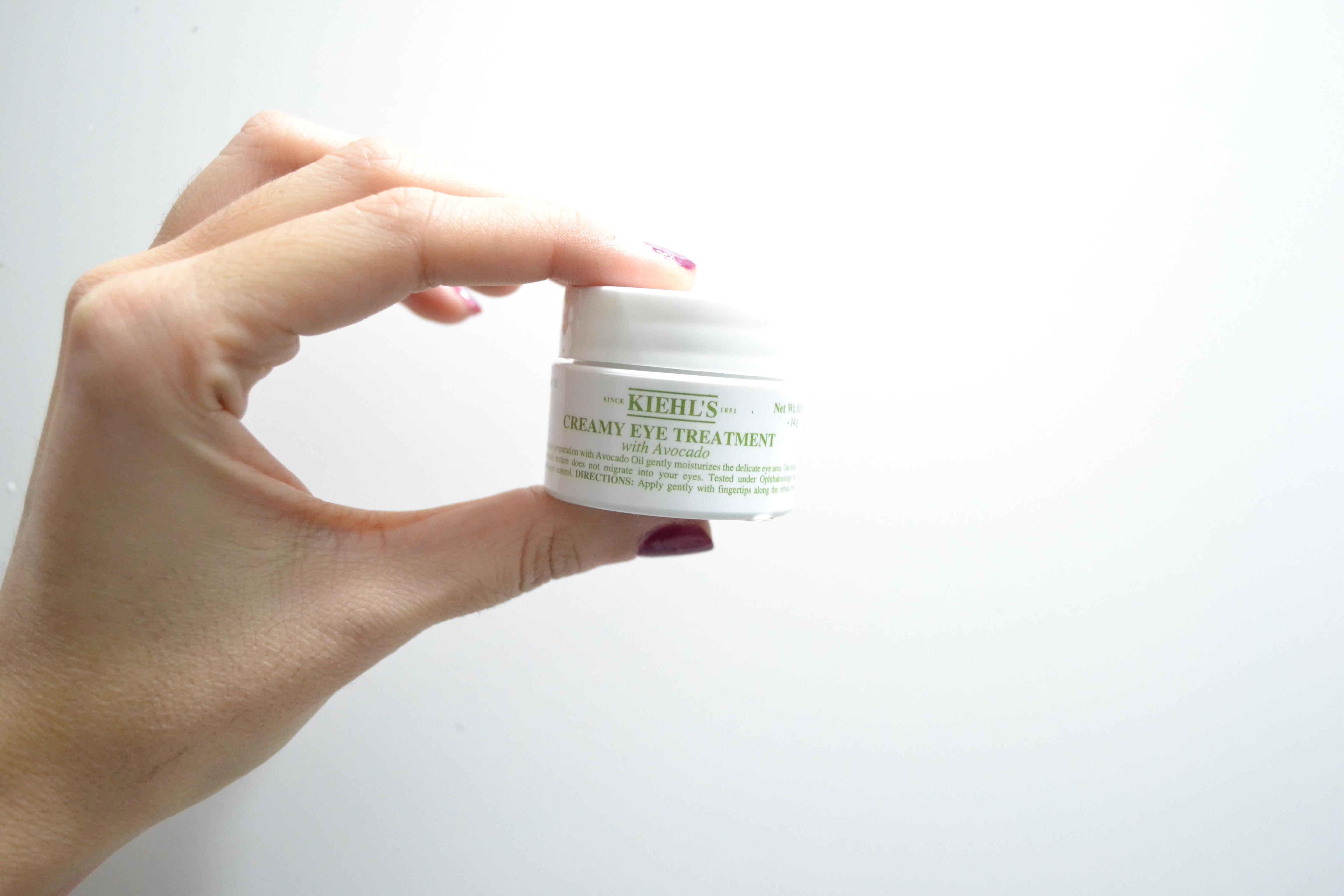 Lo bueno de este producto, es que está testeado por oftalmólogos y dermatólogos, lo cual la hace aún más confiable.