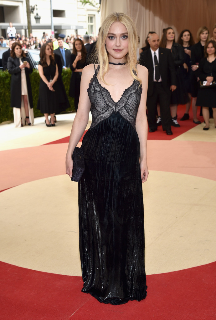 dakota-fanning-met-gala-ball-2016