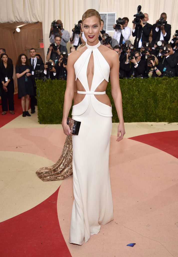 karlie-kloss-met-gala-ball-2016