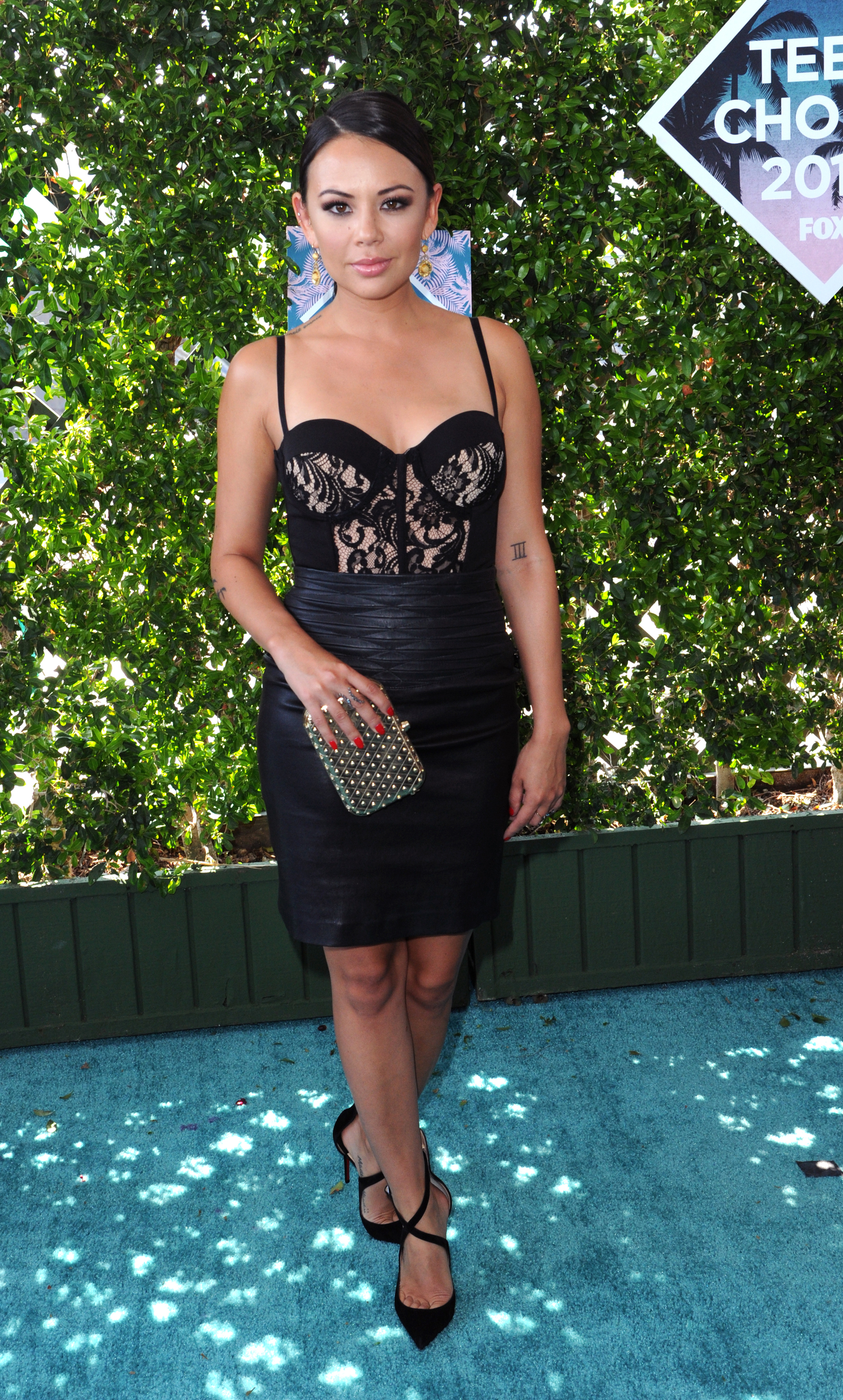 Janel_Parrish_Teen_Choice_Awards_Fashion_Diaries