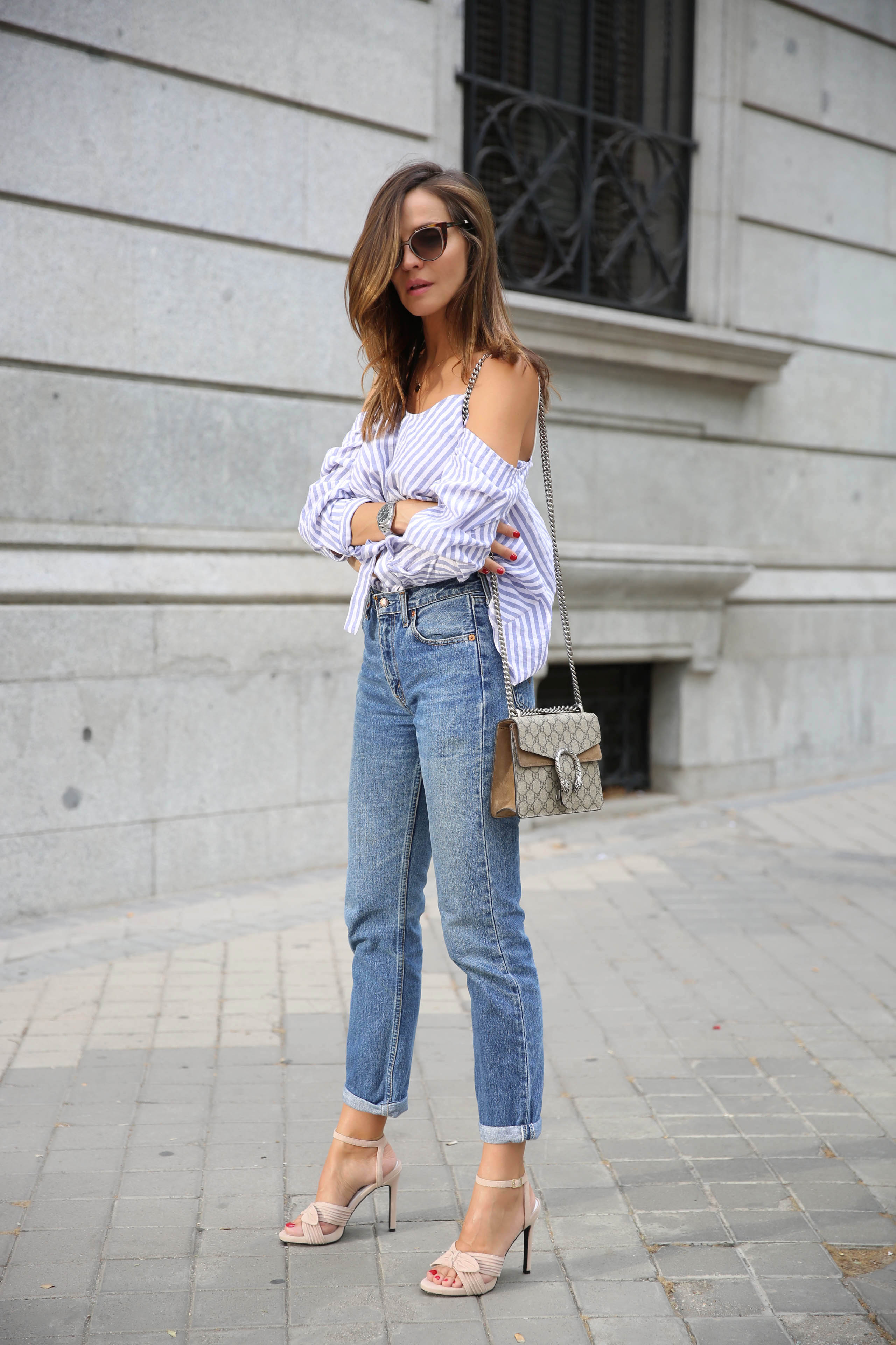 gucci_dionysus_camisa_azul_rayas_street_style-1