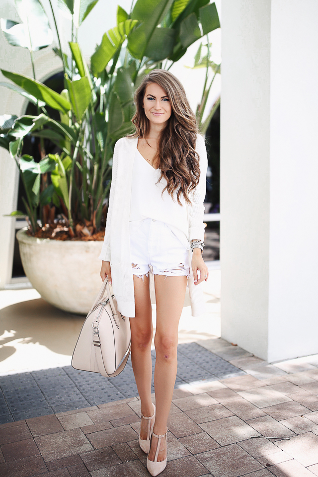 white shorts white cardigan travel outfit givenchy antigona (3 of 14)