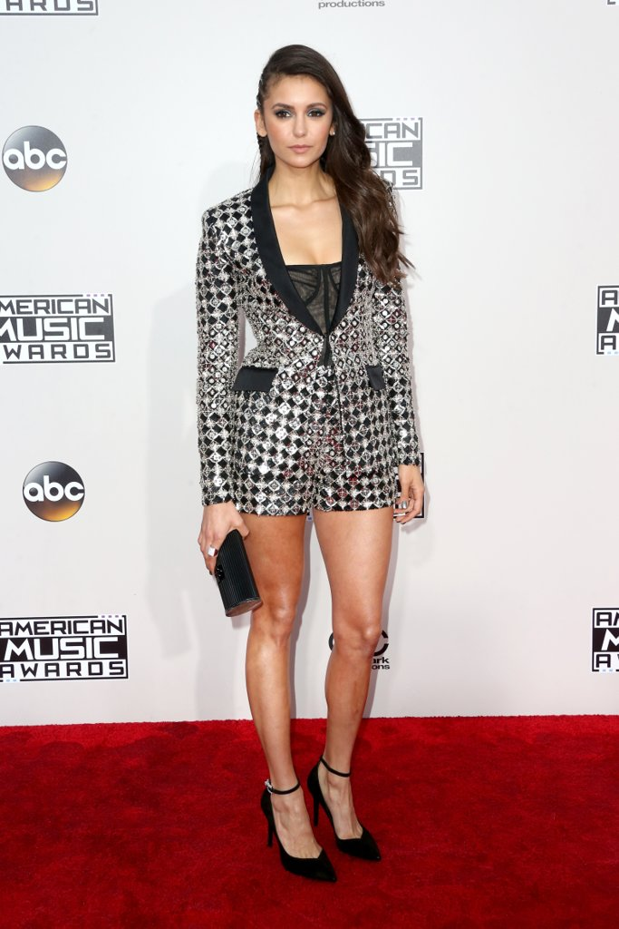 amas-2016-red-carpet-fashion-diaries-nina-dobrev