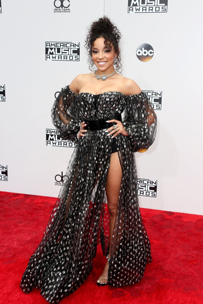 amas-2016-red-carpet-fashion-diaries-tinashe