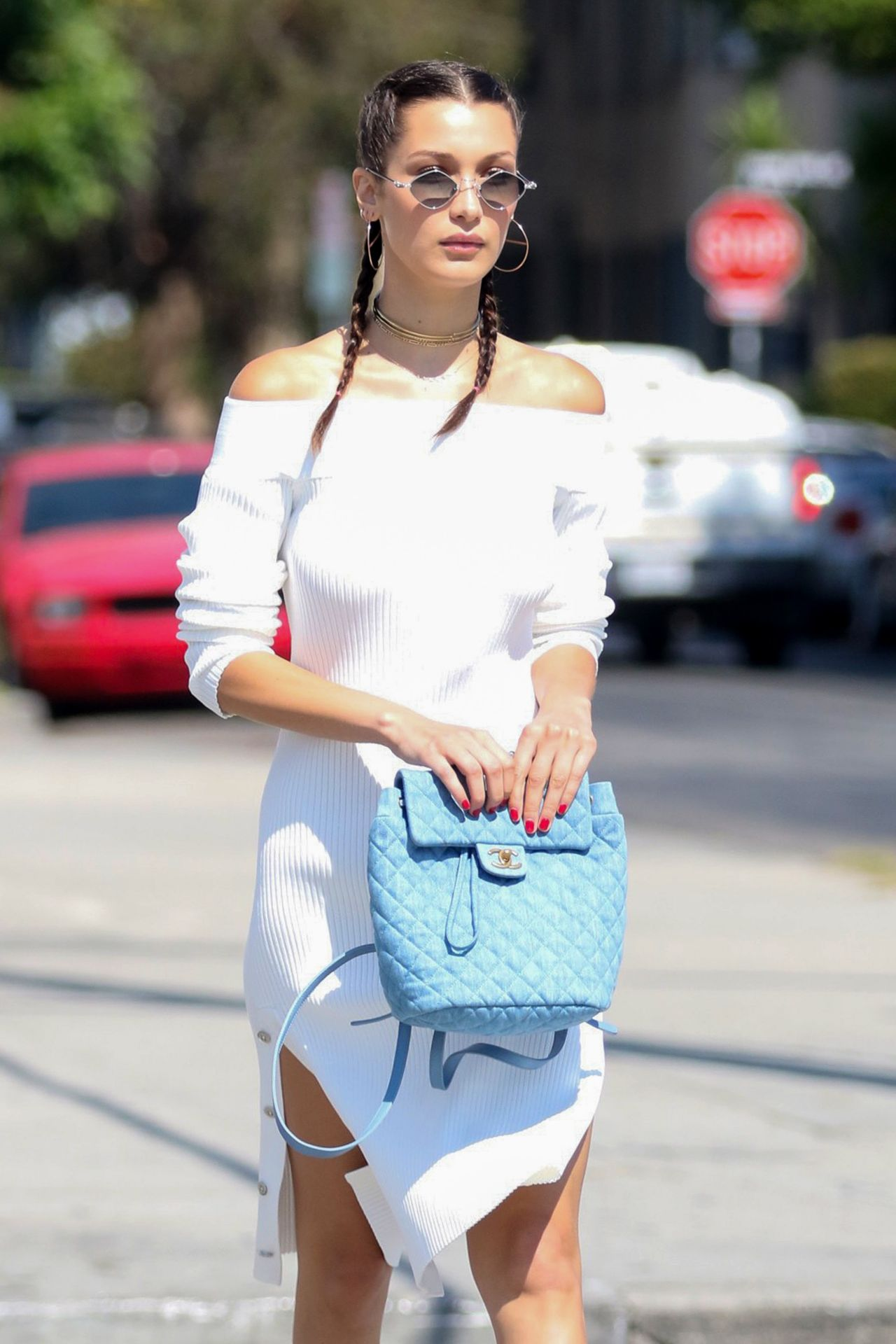 bella-hadid-summer-street-style-los-angeles-ca-08-03-2018-13